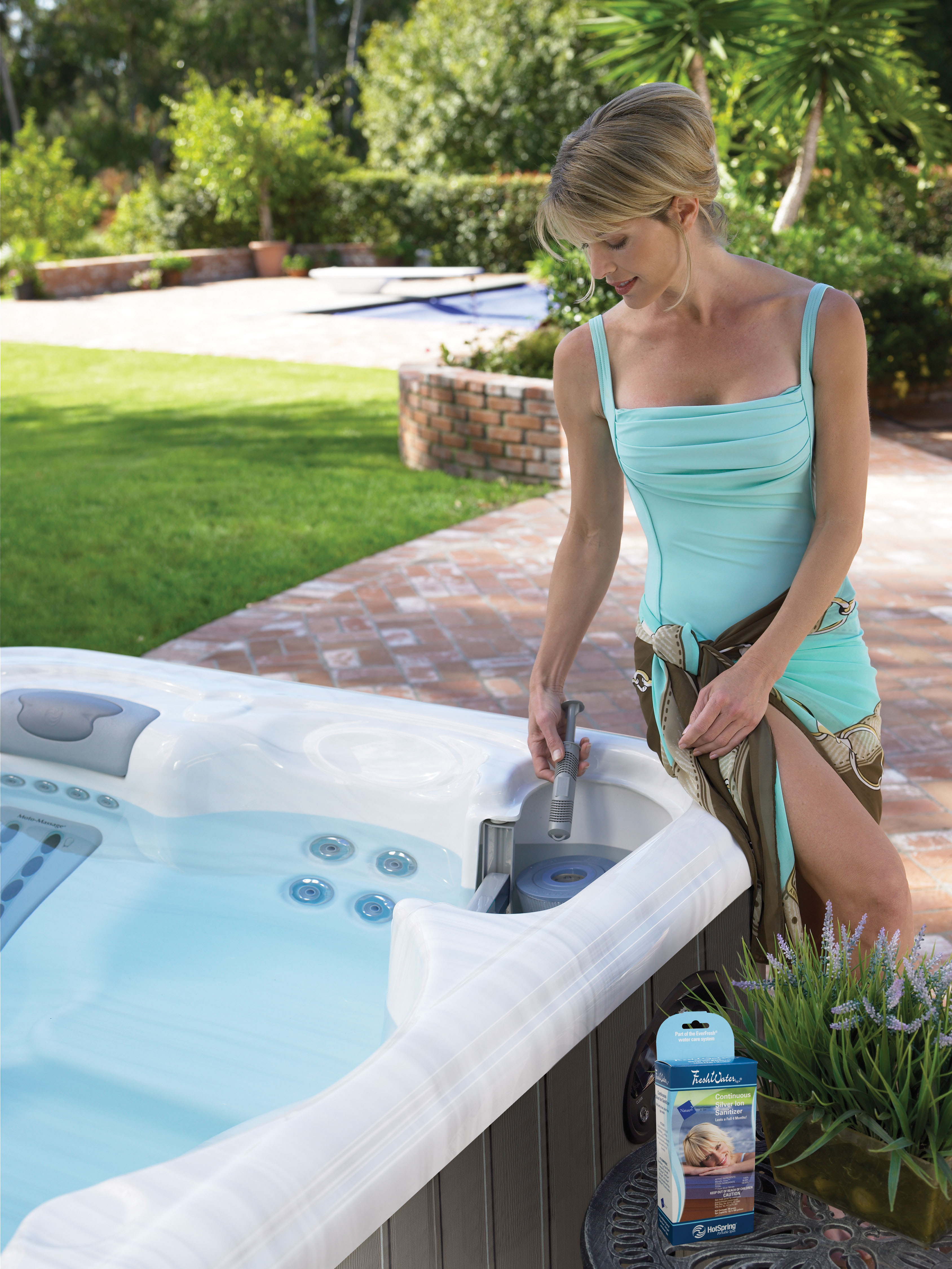 CLEANING A HOT TUB - Teddy Bear Pools and Spas